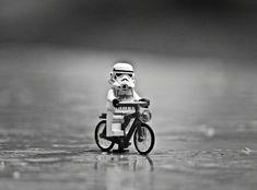Star Wars Poster, Star Wars Art, Lego Star Wars, Star Trek, Legos, Lego Man, Lego Guys, Lego Hacks, Lego Humor