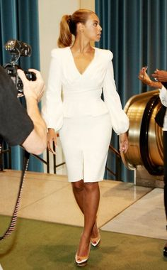 Back to Basics August 20, 2012 - WHO: Beyoncé Knowles WHAT: Alexander McQueen dress and Ruthie Davis shoes WHERE: Arriving at the United Nations General Assembly Hall, New York WHEN: August 11, 2012