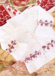 Белый жакетик для малышки