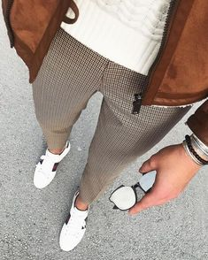 Houndstooth pants with brown jacket for Mens 2018 Street Style Cool Outfits, Casual Outfits, Fashion Outfits, Fashion Tips, Stylish Men, Men Casual, Mode Man, Style Masculin, Masculine Style