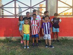 Uno de los equipos participantes en el partido de fútbol, llegados de distintos puntos de España, incluso de Australia.