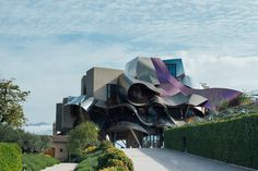 Why Spain's Rioja Is the Wine Region to Visit Now. To learn more about #Bilbao   #Rioja, click here: http://www.greatwinecapitals.com/capitals/bilbao-rioja