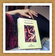 Una portada siempre merece una foto especial sólo para ella. De Anika Entre Libros. CONSUMIDOS, de David Cronenberg. Si quieres saber más del libro, reseña en Anika Entre Libros: www.anikaentrelibros.com