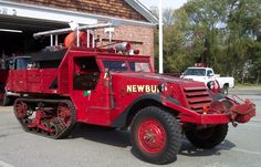 1st due Big Rig Trucks, Cool Trucks, Fire Dept, Fire Department, American Ambulance, Ford Ranger Truck, Brush Truck, Vintage Pickup Trucks, Dodge
