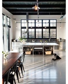 Came across some more photos of a beautiful industrial style loft in Portland … which I'd posted.Came across some more photos of a beautiful industrial style loft in Portland … which I'd posted. House Design, Industrial House, Interior, Home, Interior Design Kitchen, House Styles, Industrial Kitchen Design, Industrial Interiors, Modern Interior Design