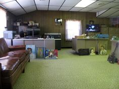 O escritório de Vernon, pai de Elvis
