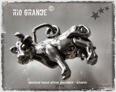 Small sterling silver cow pendant / charm - Rio Grande © - flearoom.fi