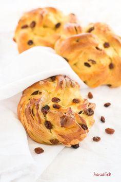 Recipe for Safranboller // Rezept für Milchbrötchen mit Safran