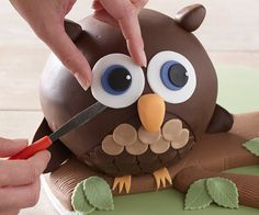 Owl cake made with Lakeland Hemisphere Cake Pans