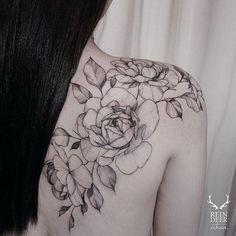 Shoulder & Back Roses Tattoo. 30+ Beautiful Flower Tattoo Designs.