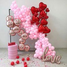 Valentines Balloons, Valentines Day Photos, Birthday Balloon Decorations, Valentines Day Decorations, Balloon Backdrop, Balloon Garland, Deco Ballon, Elegant Baby Shower, Shower Baby