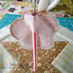The Crafty Quilter | Turned Edge Applique Tutorial (May Day Basket) Part 2 | http://thecraftyquilter.com