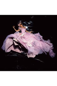 Nick Knight shoots Gisele in Dior Couture for British Vogue, November 2006