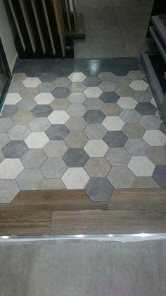 Icon esagono de Unicom Starker Kitchen Flooring, Evergreen, Bathroom Ideas, Tile Floor, Bathrooms, Architecture, House, Houses, Future