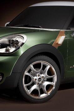 ♂ Green car MINI Paceman Concept