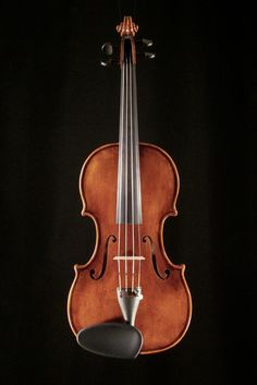 Modern violin after Guarneri del Gesu. made by Tim Johnson of Hewitt!