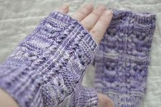Owlie Mitts are an evolution of Owlie Socks. The Owlie motif is reversed and can be used for a toe-up version of the socks, however no pattern is available at this time. (these are beautiful! Knit Mittens, Knitted Gloves, Knitting Socks, Knitting Patterns Free, Free Knitting, Free Pattern, Knitted Owl, Knit Crochet, Fingerless Mitts