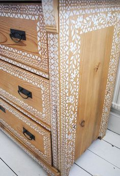 putting pattern on a pine chest of drawers when to stop, painted furniture, woodworking projects