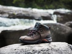 Timberland Men's Earthkeepers® Belknap Mid Leather Hiker - Style: 57195 // The perfect boot for men who love to spend time out on the trails and keep the environment in the forefront of their minds.