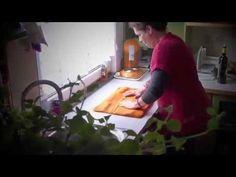 Anleitung zum Filzen einer Macbook Tasche / felted bag von Filzpackerl.at (10) - YouTube