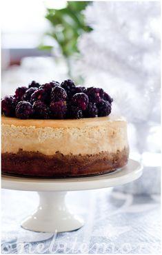 Cinnamon and Honey Baked Cheesecake
