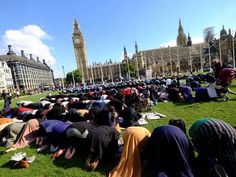 Here's something to bring a tear to the eye. Democracy worshippers so grateful to be in a civilised country they're praying to Parliament.
