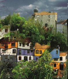 HLM de Vienne par Hundertwasser.