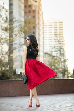 Triple Red :: Textured skirt & Suede pumps