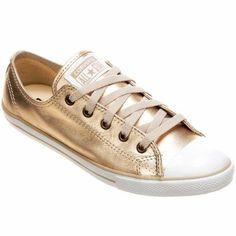 a0160f81a755 O Tênis Converse All Star CT AS Dainty Leather OX Dourado leva a  durabilidade e todo