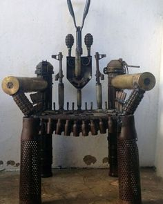 «US Law Enforcement Wants to Destroy Artwork Made from Decommissioned Weapons The US Bureau of Alcohol, Tobacco and Firearms (ATF) has seized a sculpture…»