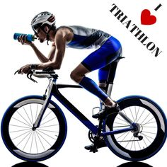 Zawody triathlonowe to impreza dla najwytrwalszych. Trzeba zmierzyć się z niedogodnościami terenu i własnymi słabościami.
