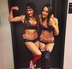 The Badass Bella Twins #totaldivas #wwe