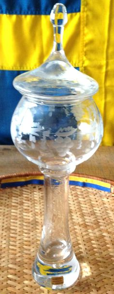 Sweden Exquisite Large Glass Crystal Vase with Lid Engraving