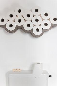 Leporte papier en béton design Cloud aux courbes graphiques et épurées, apporte poésie, humour et singularité à un espace qui en est le plus souvent dépourvu. Vous adorez ce design mais vous ma…