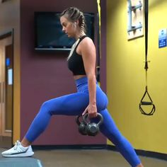 Learn how to carry out flooring flys-- a bodyweight exercise that targets the chest and shoulders. It's remarkably reliable at burning fat. Discover how to do Floor Flys with this workout video. Fitness Workouts, Fitness Motivation, Fitness Goals, Fitness Tips, Glute Workouts, Fitness Nutrition, Body Fitness, Workout Challenge, Get In Shape
