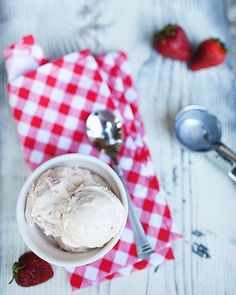 strawberry and vanilla bean icecream by the little red house, via Flickr