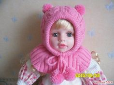 В такой вязаной шапочке вашему ребенку будет тепло. Ушки не надует, горлышко и лобик закрыты. Вязаная шапочка-шлем.