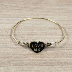 Para as amantes de pulseiras fofas 😍😍😍 Encontre em nossa loja #bijoux…
