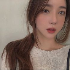 """I'm Jaehyun, and I'm your master now. Yoon Ara, Long Haircuts With Bangs, Cute Korean Girl, Jung Jaehyun, Long Hair Cuts, Ulzzang Girl, Medium Hair Styles, Asian Beauty, Pretty Girls"