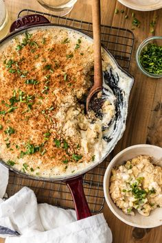 Large Batch Skillet White Cheddar Mac and Cheese is the perfect EASY ONE POT DINNER for any week night! So much cheese and so much flavor! Made in minutes in only ONE SKILLET!