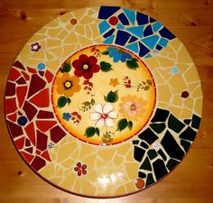 Pretty Floral LAZY SUSAN- a Vintage center Focal Trivet is surrounded with a Mosaic of broken ceramic tiles.