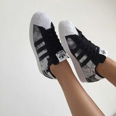 Afbeelding via We Heart It #addidas #cool #fashion #shoes #sneakers #style #trainers