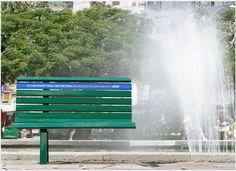 「通信速度の遅いインターネット」を街中のモノを使って表現したアンビエント広告。 | AdGang