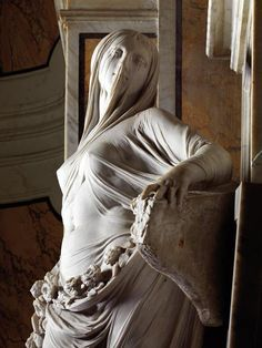 """""""Modesty"""" by Antonio Corradini (Italian, marble statue of veiled female with exquisite sculpture of translucent fabric, c. The Duchess Of Devonshire, Cemetery Art, Art Plastique, Oeuvre D'art, Sculpture Art, Bernini Sculpture, Baroque Sculpture, Clay Sculptures, Art History"""