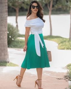 56 Casual Summer Outfits That Always Look Great Midi Skirt Outfit, Skirt Outfits, Dress Skirt, Casual Summer Outfits, Classy Outfits, Casual Dresses, Modest Fashion, Fashion Outfits, Womens Fashion
