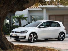 #Volkswagen Golf GTI