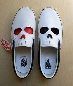 Sapatos cadavéricos #amei #caveirismo
