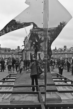 "photosworthseeing: "" Selfie Sunday Submission Selfie on the ""Pont des Arts"" Paris 1er 3 juin 2016©Françoise Larouge http://francoise-larouge.tumblr.com/ Thank you for your artistic selfie submission! We love it! PWS - Photo(grapher)s Worth Seeing """