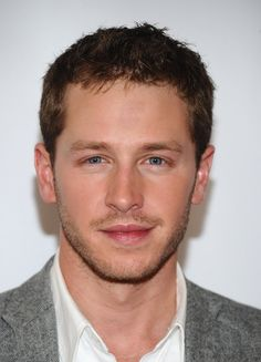 @jadorelois thinks Josh Dallas is her Prince Charming!