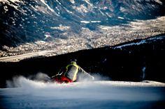 Ein Streifzug durch die Skigebiete rund um Innsbruck  Nordkette, Patscherkofel, Axamer Lizum, Glungezer, Schlick 2000, Stubaier Gletscher, Muttereralm, Rangger Köpfl-Oberperfuss, Kühtai Innsbruck, Austria, Waves, Mountains, Nature, Outdoor, Ski Resorts, Train, Alps